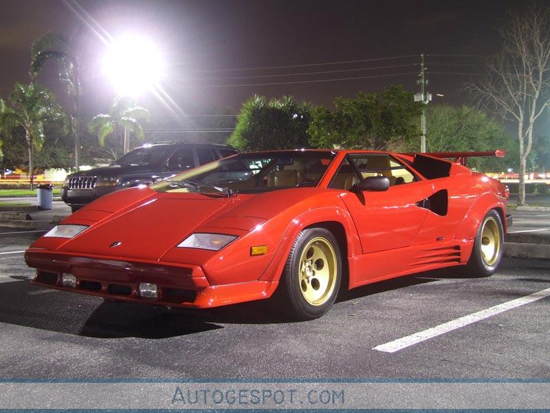 lamborghini countach 5000 quattrovalvole 3 april 2007 autogespot. Black Bedroom Furniture Sets. Home Design Ideas
