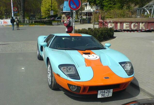 Ford GT Heritage Edition