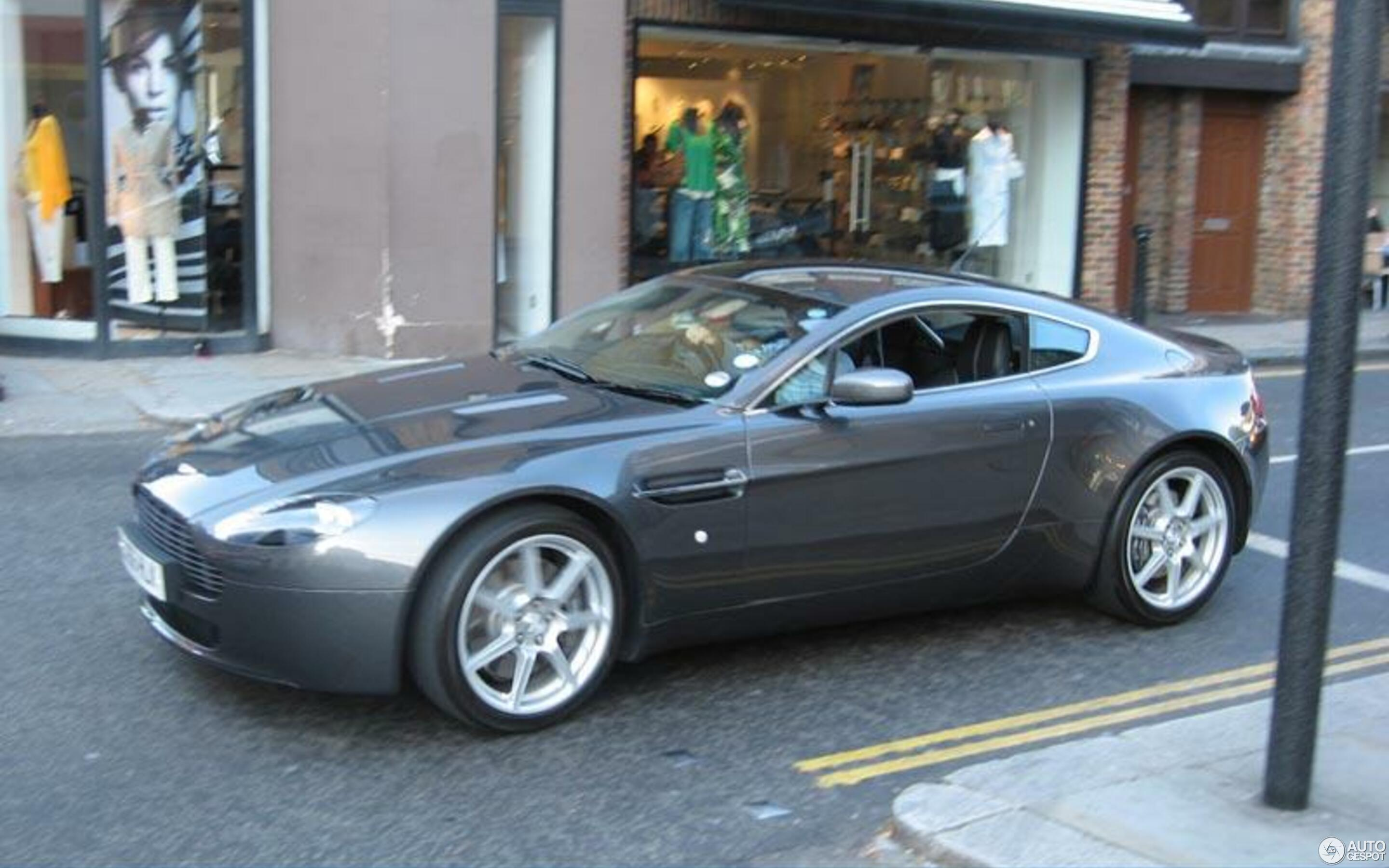Aston Martin V8 Vantage 10 May 2007 Autogespot