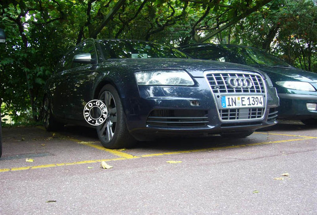 Audi RS6 Avant C6 Mule