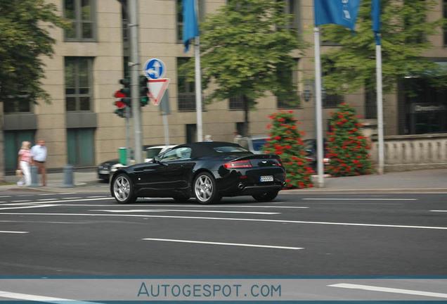Aston Martin V8 Vantage Roadster