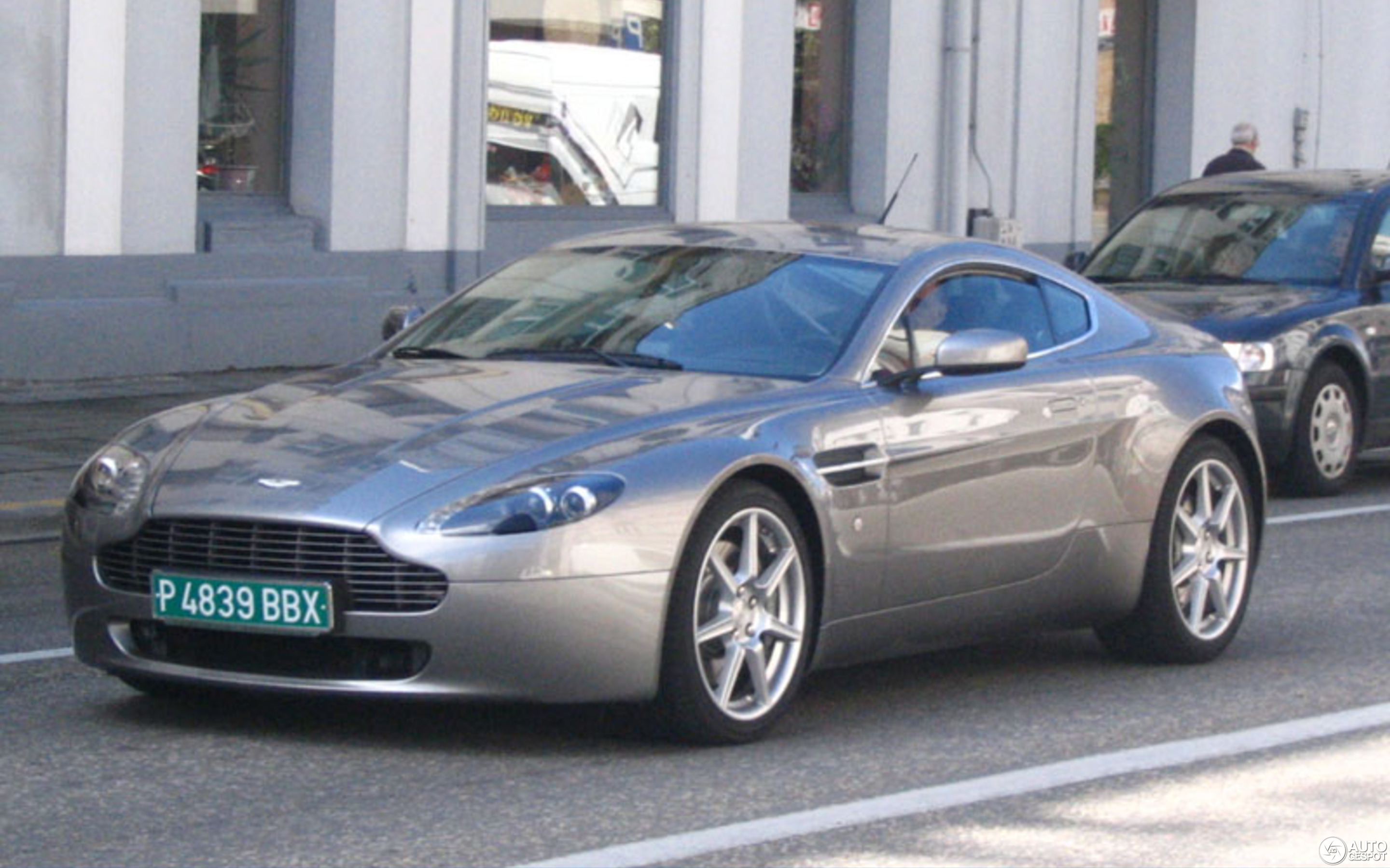 Aston Martin V8 Vantage 22 November 2007 Autogespot