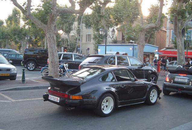 Porsche 935 Kremer K2